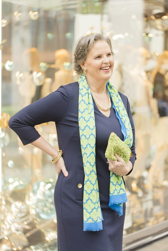 Personal-Stylist-Houston-How-to-Wear-the-Color-of-the-Year-Greenery-Scarf