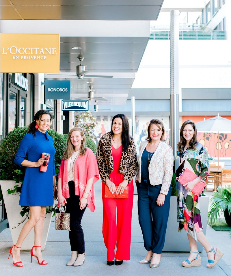 How to wear living coral Houston Image Consultant Natalie Weakly TV Segment Models