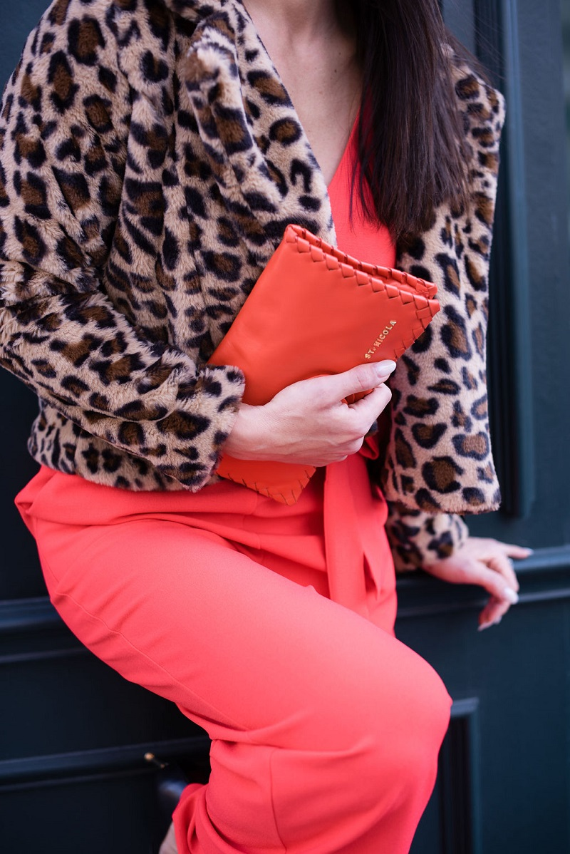 How to wear living coral Houston Image Consultant Natalie Weakly Coral and Leopard Details